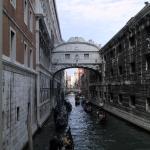 El puente de los suspiros de Venecia