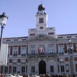 La Real Casa de Correos de la Puerta del Sol, con su famoso reloj