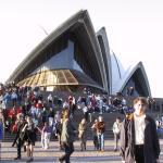 Yo ante el Palacio de la Ópera de Sidney