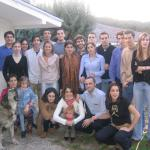 Ramón, Inés, Belén, Miguel, Toño, Ana, Fernando, Clara, Vicente, Silvia, Gonzalo, Ignacio, Íñigo, Iván y Nathalie. Lucía, Bea, A